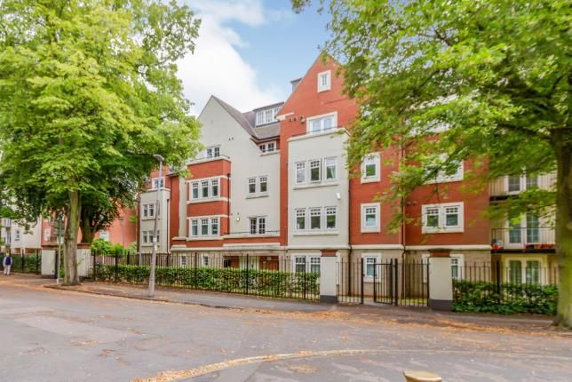 Thumbnail Flat for sale in The Laurels, 26 Knighton Park Road, Clarendon Park, Leicester