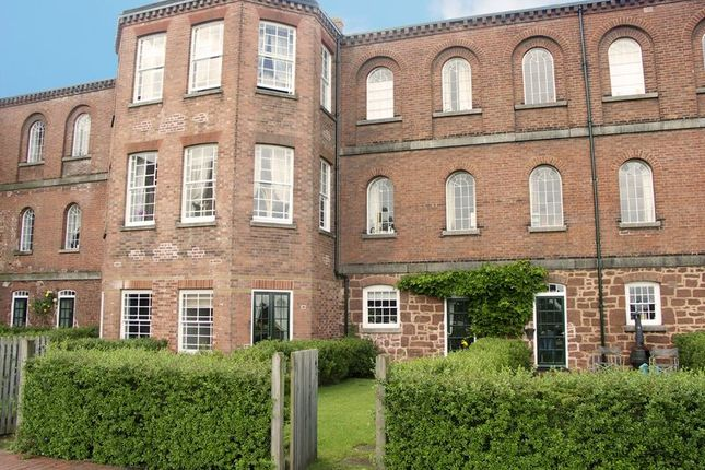 3 bed town house to rent in Woodbury Walk, Exminster, Exeter