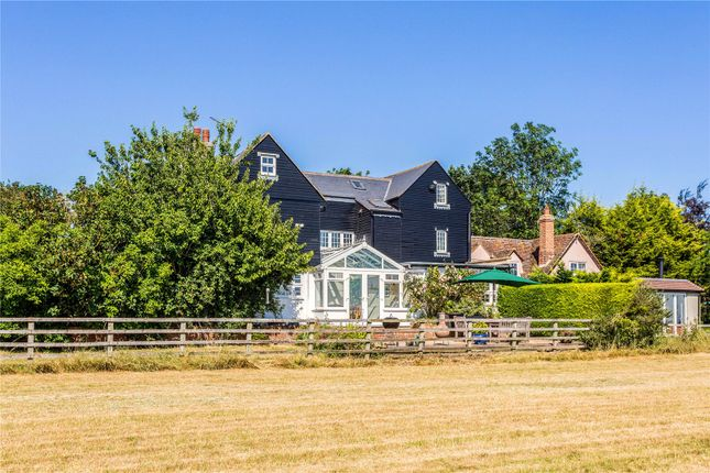 Thumbnail Semi-detached house for sale in Bishopstone, Aylesbury, Buckinghamshire