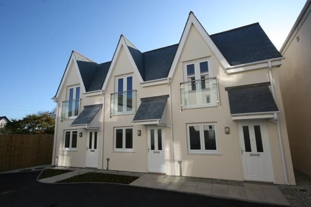 Thumbnail Terraced house for sale in Tower Road, Newquay