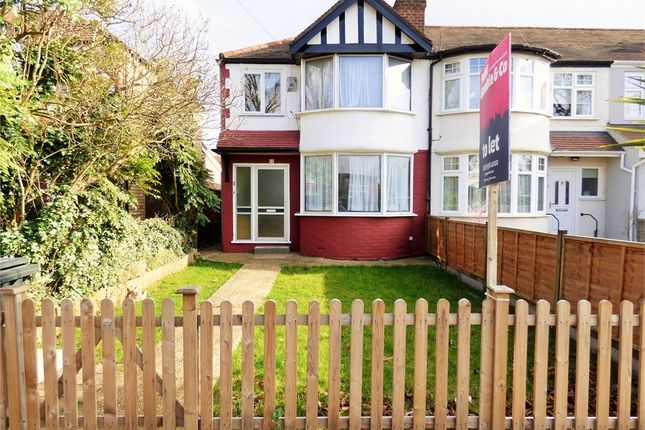 4 bed end terrace house to rent in Thames Avenue, Perivale, Greenford, Greater London