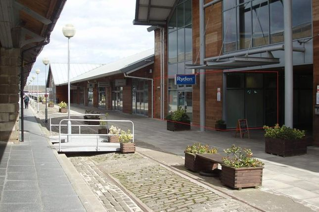 Thumbnail Office to let in Unit 20 City Quay, Camperdown Street, Dundee