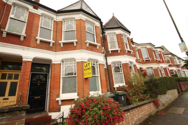 Flat to rent in Seymour Road, Haringey