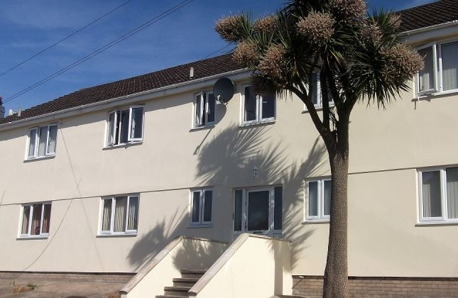 Thumbnail Flat to rent in Mountfield Road, Onchan, Isle Of Man