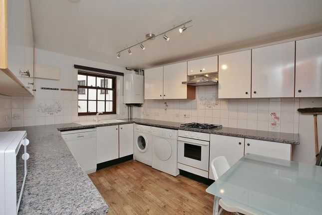 Thumbnail Semi-detached house to rent in St Rumbolds Lane, Buckingham