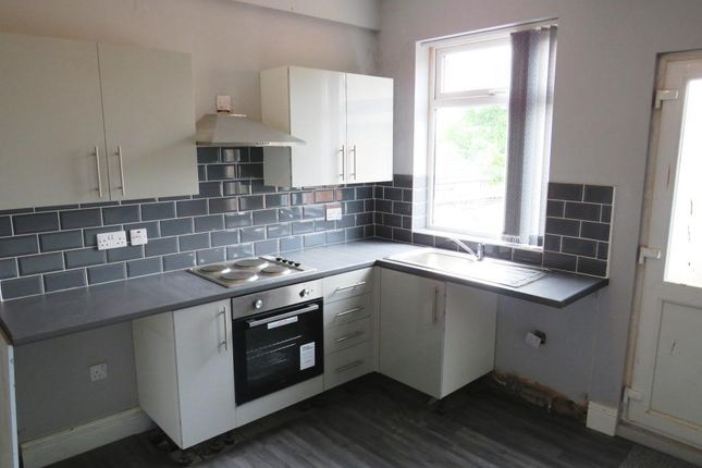 Thumbnail Flat to rent in High Street, Lincoln