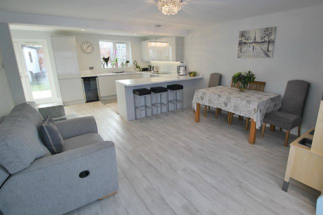 Thumbnail Property to rent in Worlds End Lane, Enfield