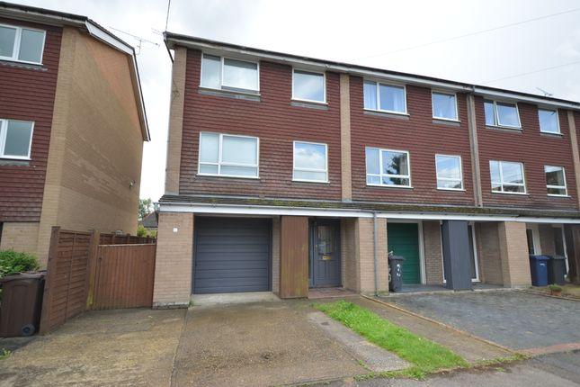 5 bed town house to rent in Kimbers Lane, Farnham GU9