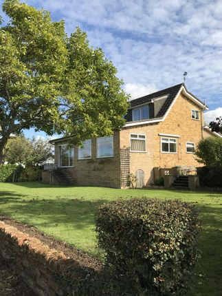 Thumbnail Detached house for sale in Wraysbury, Berkshire