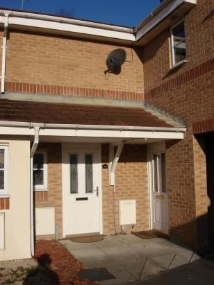 Thumbnail Town house to rent in Leyfield Place, Wombwell