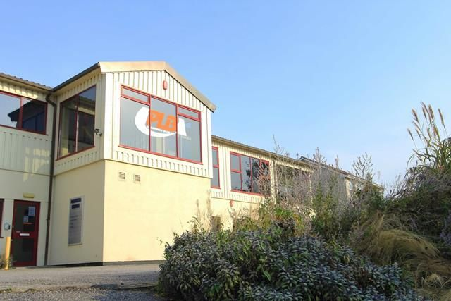 Thumbnail Office to let in Units 4, 9, 10, Bowker House, Ivybridge, Devon