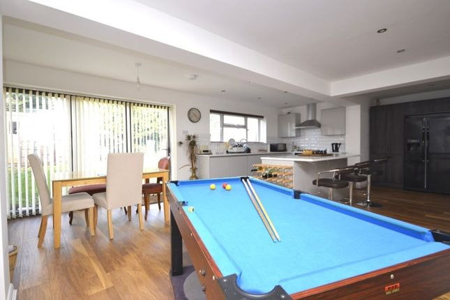 Thumbnail Room to rent in Reynards Way, Bricket Wood, St. Albans