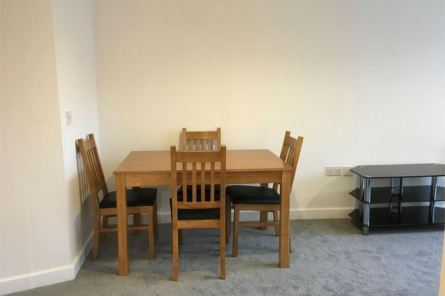 Dining.Png of Royal Quay, Liverpool L3