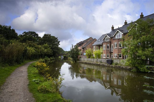 Thumbnail Town house for sale in Rose Wharf, Macclesfield, Cheshire