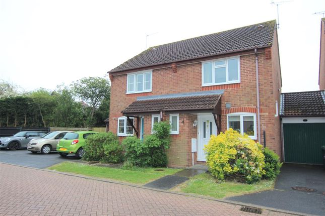 Thumbnail Semi-detached house to rent in Warelands, Hammonds Ridge, Burgess Hill