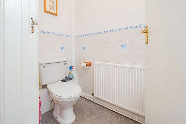 Picture No. 10 of Lynton Place, Llanrumney, Cardiff CF3