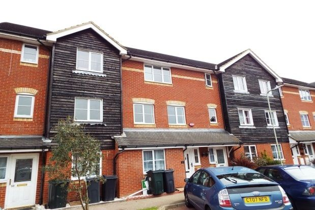 Thumbnail Property to rent in Kings Prospect, Ashford