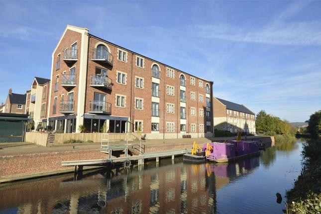 Thumbnail Flat to rent in Greenaways, Ebley, Stroud, Glos