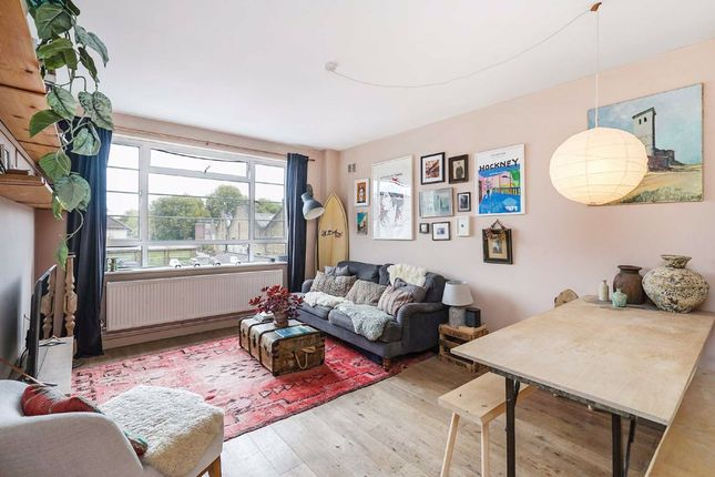 2 bed flat for sale in Upper Clapton Road, London E5