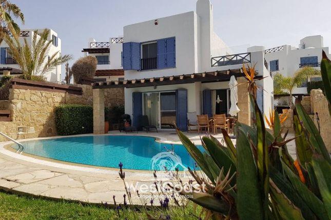 Thumbnail Villa for sale in Chloraka, Paphos, Cyprus