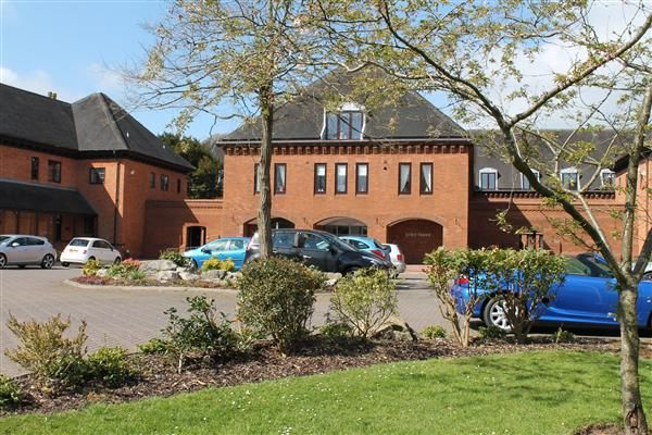 Thumbnail Flat for sale in Ipsley Manor, Berrrington Close, Redditch, Ipsley, Redditch