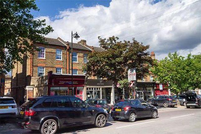2 bed flat to rent in St. Meddens, Bull Lane, Chislehurst BR7