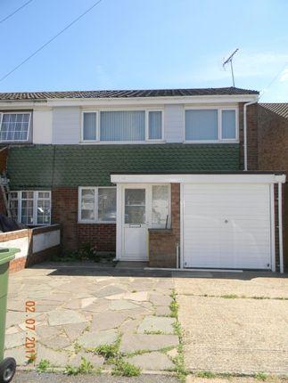 Thumbnail Terraced house to rent in Portsea Road Tilbury, Tilbury