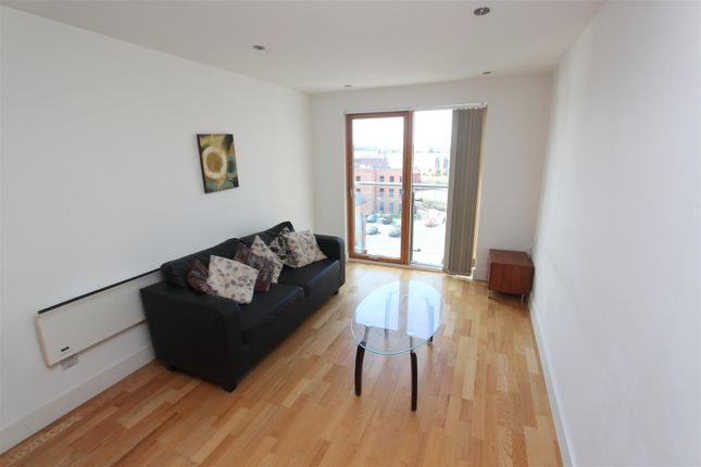 Livingroom1 of Chadwick Street, Hunslet, Leeds LS10