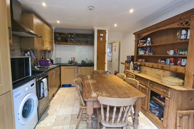 Thumbnail Terraced house to rent in Bransdale Close, London