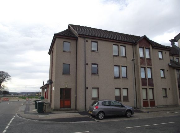 Thumbnail Flat to rent in Kingsmills Court, Elgin