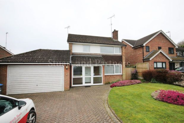 Thumbnail Detached house to rent in Penland Road, Haywards Heath
