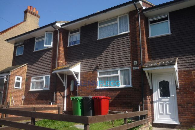 Thumbnail Terraced house to rent in Seymour Road, Slough
