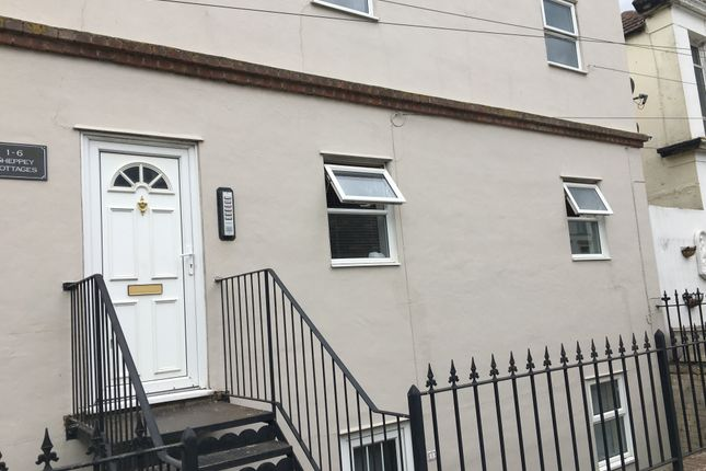 Thumbnail Flat for sale in Neptune Terrace, Sheerness