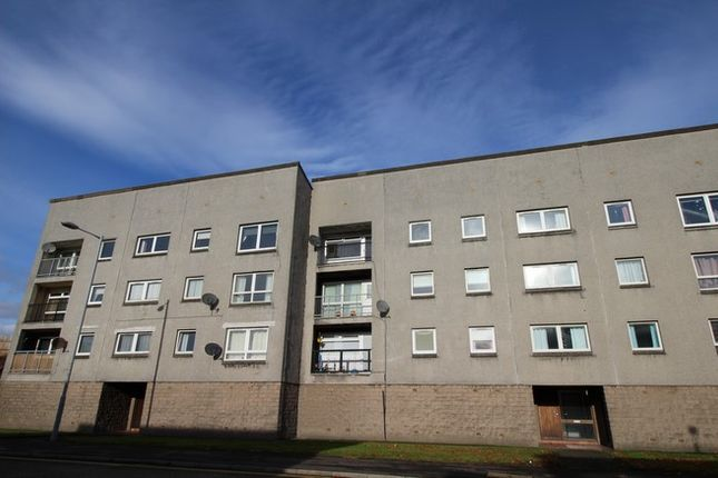 Picture8 of 45 Union Road, Grangemouth FK3
