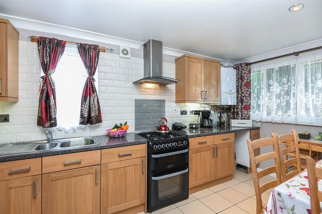 Thumbnail Terraced house for sale in Stevenage Road, London
