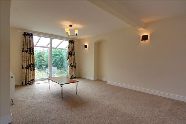 Picture No. 19 of Lupton Avenue, Styvechale, Coventry CV3