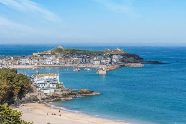 Thumbnail Terraced house for sale in Trelyon Avenue, St Ives, Cornwall