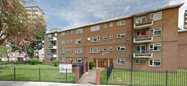 Thumbnail Flat to rent in Studley Road, Clapham