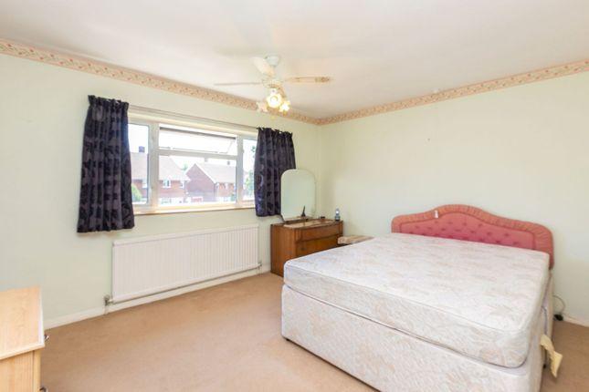 Bedroom of Hollybush Lane, Hemel Hempstead HP1