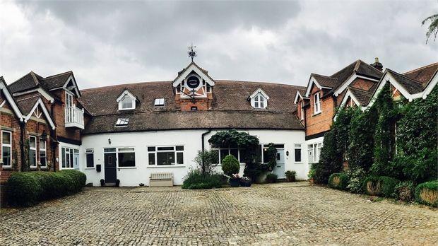Princes Gardens, Perry Hill, Worplesdon, Guildford, Surrey GU3