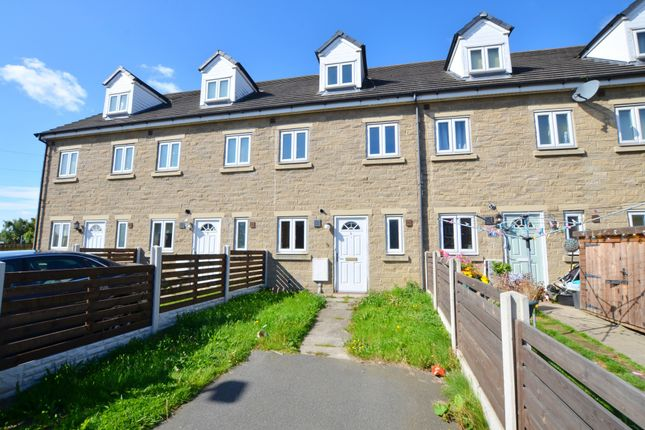 Thumbnail Town house to rent in Manse Farm Mews, Cudworth, Barnsley