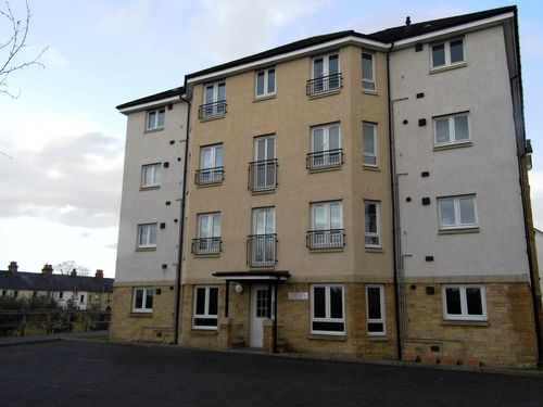 2 bed flat to rent in Simpson Square, Perth PH1