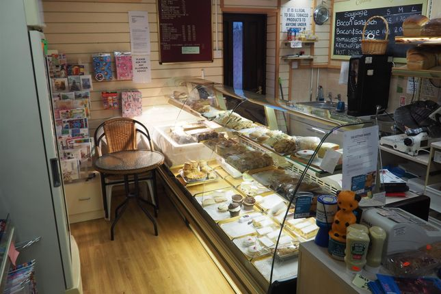 Thumbnail Retail premises for sale in Bakers & Confectioners S75, Silkstone Common, South Yorkshire