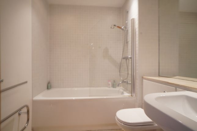 Bathroom of Weaver Street, Chester CH1