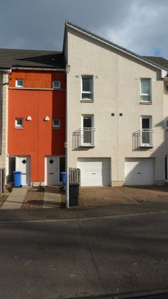 Thumbnail Town house to rent in Milnbank Gardens, Dundee