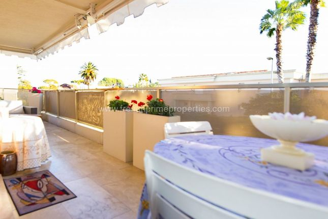 Studio for sale in Antibes, Provence-Alpes-Cote D'azur, France