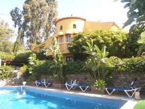 6 bed villa for sale in Spain, Málaga, Estepona