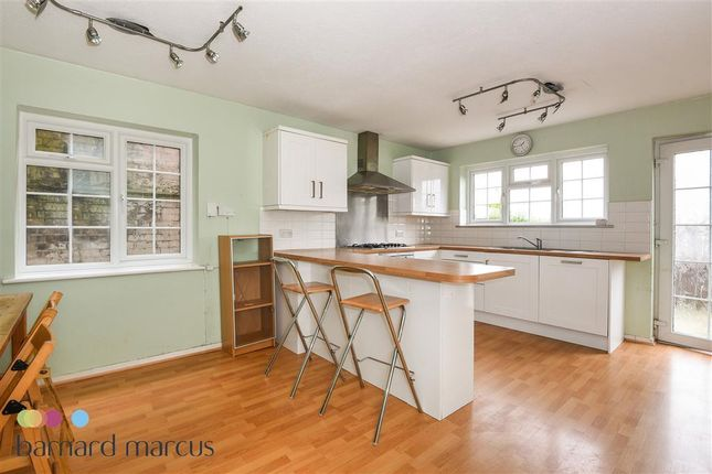 5 bed town house to rent in Woodside Avenue, Woodside Park, London