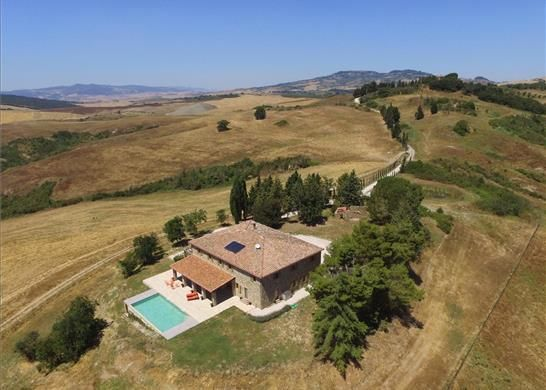 7 bed property for sale in 56048 Volterra Pisa, Italy