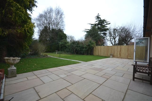 Thumbnail Property for sale in Chearsley Road, Long Crendon, Aylesbury
